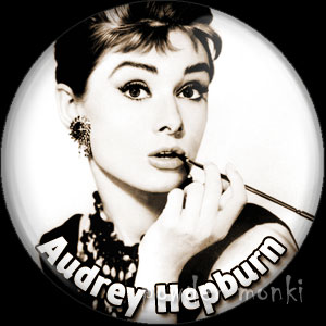 Audrey Hepburn - Vintage Movie Star Badge/Magnet