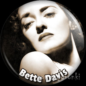Bette Davis - Vintage Movie Star Badge/Magnet