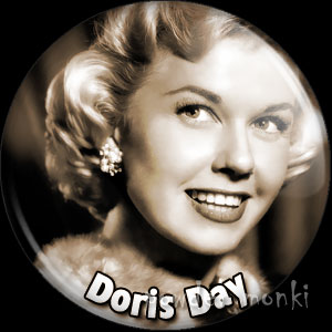Doris Day - Vintage Movie Star Badge/Magnet