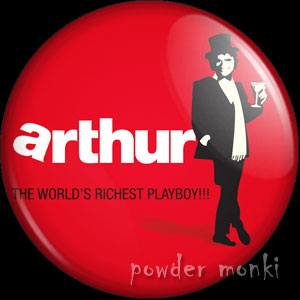 Arthur - Retro Movie Badge/Magnet