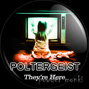 Poltergeist - Retro Movie Badge/Magnet