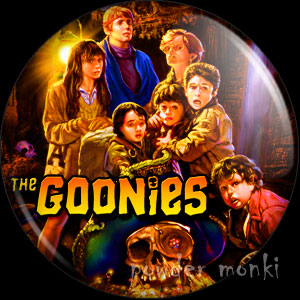 Goonies - Retro Movie Badge/Magnet [Group]