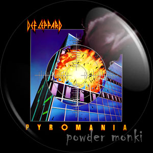 "Def Leppard ""Pyromania"" - Retro Music Badge/Magnet"