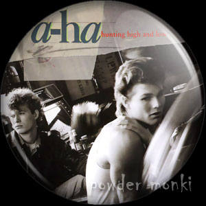 "A-Ha ""Hunting High And Low"" - Retro Music Badge/Magnet"