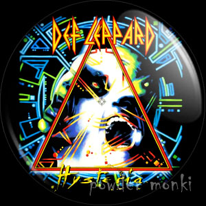 "Def Leppard ""Hysteria"" - Album Cover Badge/Magnet"