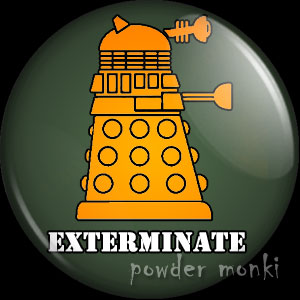 "Doctor Who ""Exterminate"" - Retro Cult TV Badge/Magnet"