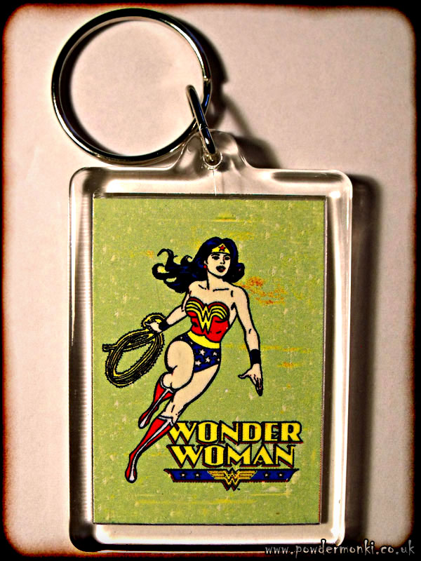 Wonder Woman - Retro Superhero Keyring