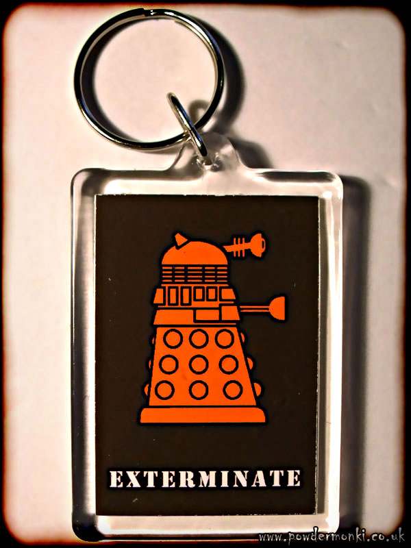 "Doctor Who Dalek ""Exterminate"" - Retro TV Keyring"