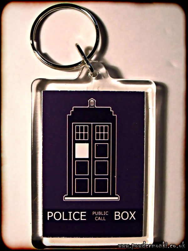 "Doctor Who TARDIS ""Police Public Call Box"" - Retro TV Keyring"