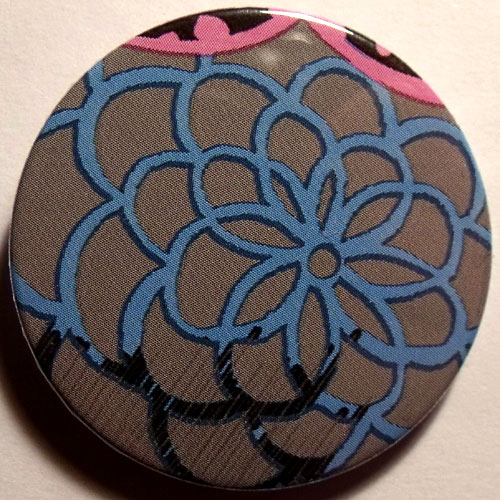 Grey Blue Grungy Abstract Floral 38mm Badge
