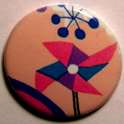 Windmills Cute Smiley Badge 25mm