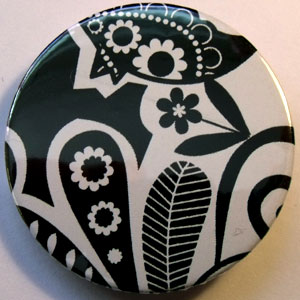 Black & White Floral 38mm Badge 02