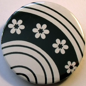 Black & White Floral 38mm Badge 04