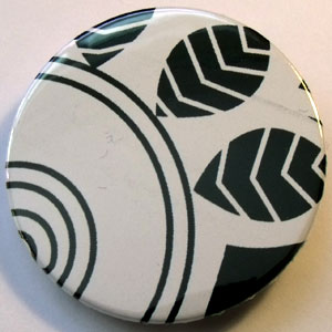 Black & White Floral 38mm Badge 15