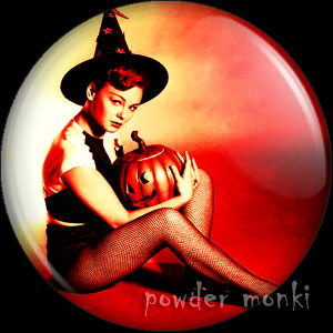 Etchika Choureau - Kitsch Witch Badge/Magnet