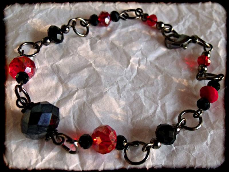 Black Red Faceted Crystal Bead & Gunmetal Bracelet