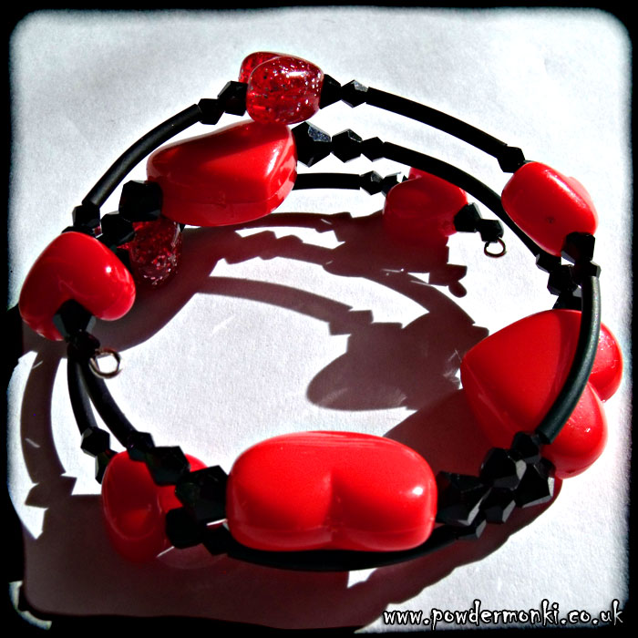 Red Heart Bead & Black Rubber Tube Memory Wire Bracelet