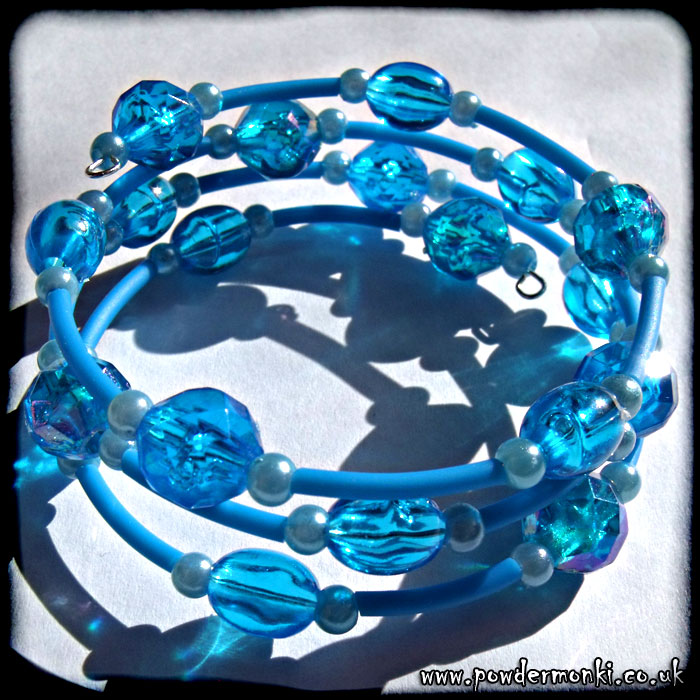 Blue Bead & Rubber Tube Memory Wire Bracelet