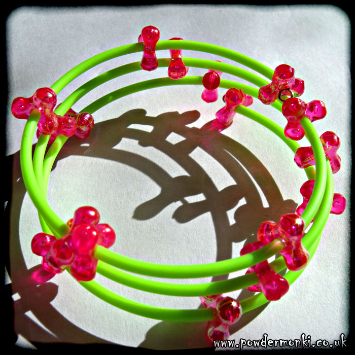 Pink Bead & Green Rubber Tube Memory Wire Bracelet
