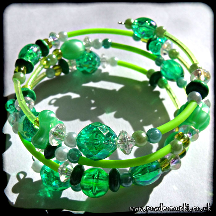 Green Bead & Rubber Tube Memory Wire Bracelet