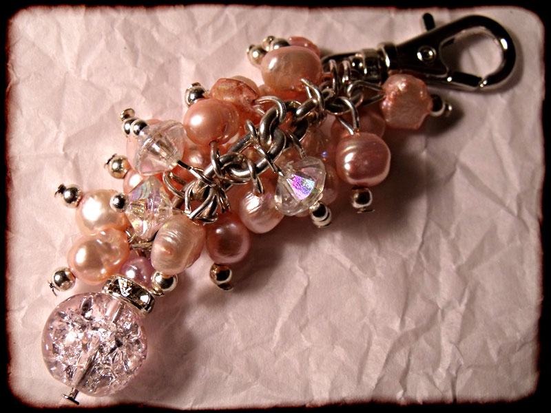 Pink Pearly Beaded Bag Charm - Click Image to Close