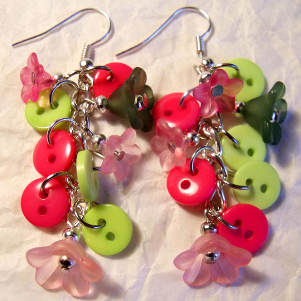 Pink & Green Flowers & Button Earrings - Click Image to Close