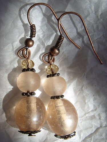 Peach Glass & Copper Earrings - Click Image to Close