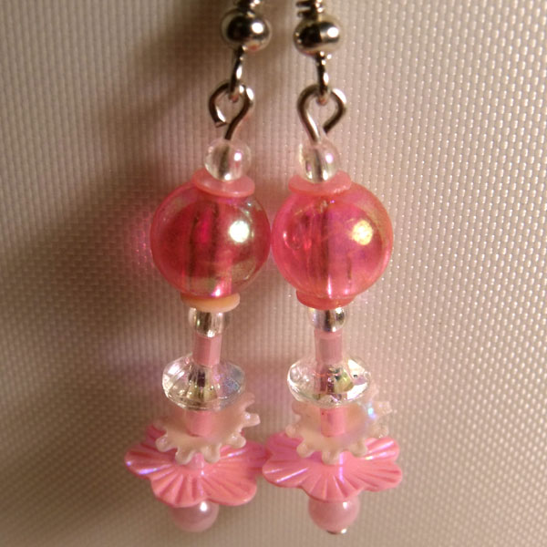 Light Pink Beads & Flower Sequin Earrings - Click Image to Close