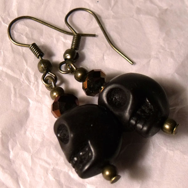 Black Howlite & Faceted Crystal Skull Earrings - Click Image to Close