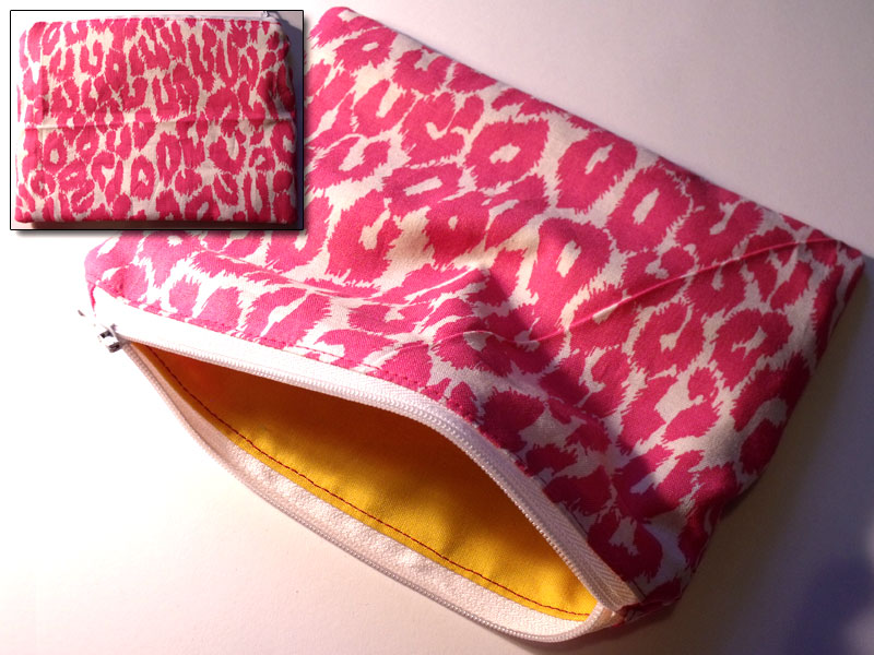 Pink & White Leopard Print Make-up Bag
