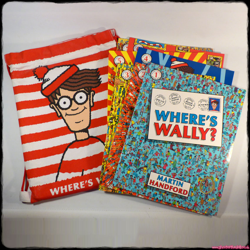 WHERE'S WALLY: 7 Lovely Books + Canvas Drawstring Bag (Martin Handford)