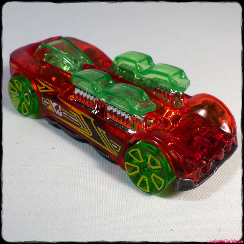 HOT WHEELS X-Raycers What-4-2 Transparent Red Green Car (Mattel 2018)