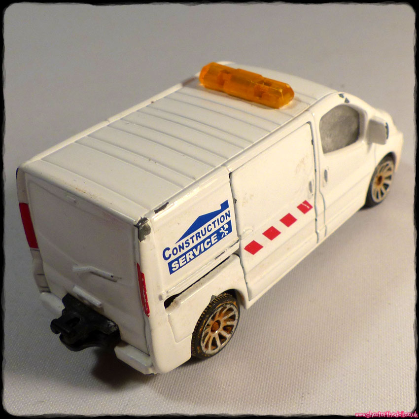 MATCHBOX Car VAUXHALL ASTRA France 98 (1998) + Majorette RENAULT TRAFIC Van - Click Image to Close
