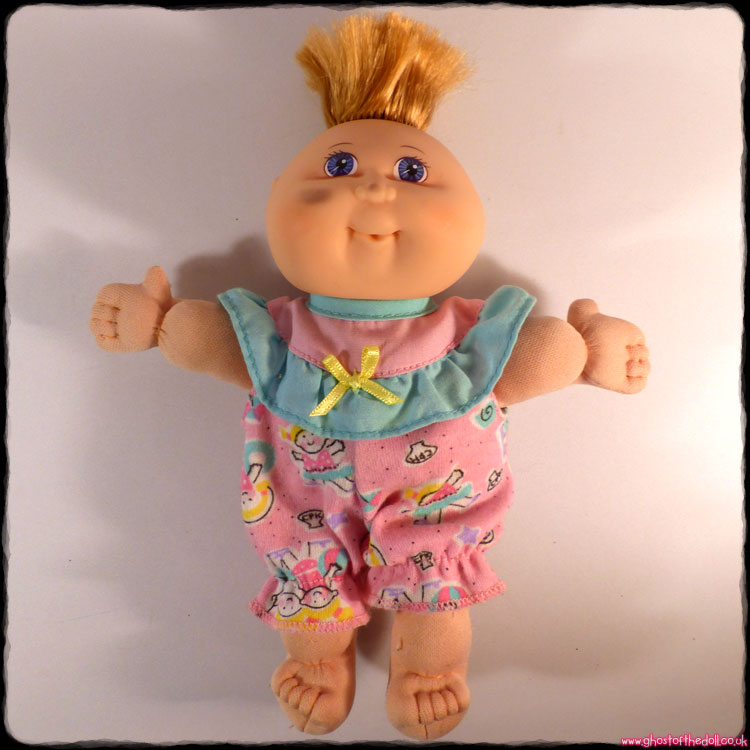 Cabbage Patch Kids: 1st Edition Baby Blue Eyes (Mattel 1995)