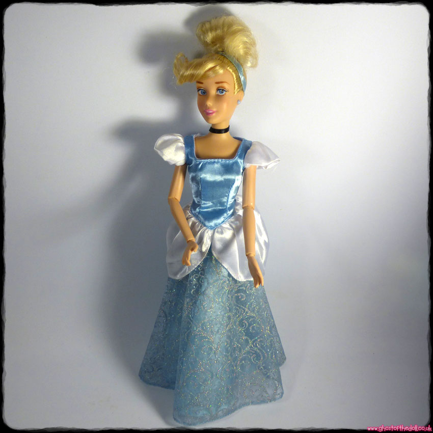 "Disney CINDERELLA Classic 12"" Jointed Princess Doll (Disney Store 2013)"