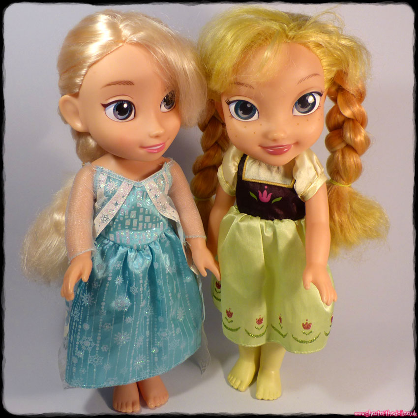 Disney Toddler Doll: Frozen - Elsa & Anna (Jakks Pacific)