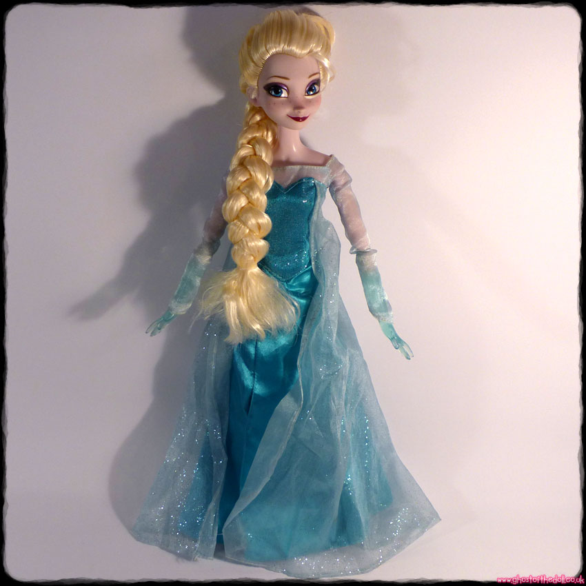 "Disney: Frozen ""Elsa"" - Large Singing Light-Up Doll + Shoes (Disney Store)"