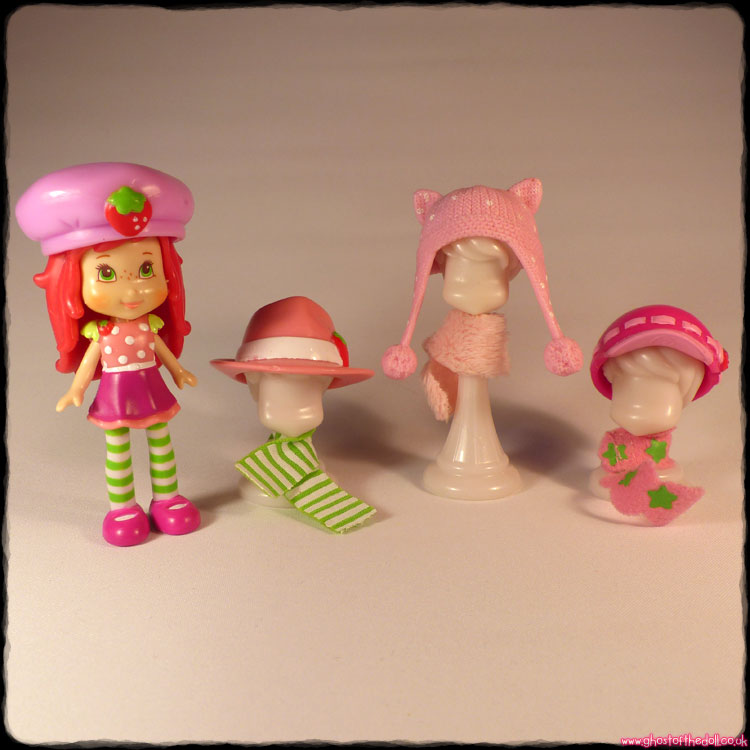 Strawberry Shortcake Doll + Clothing (Hasbro 2008)
