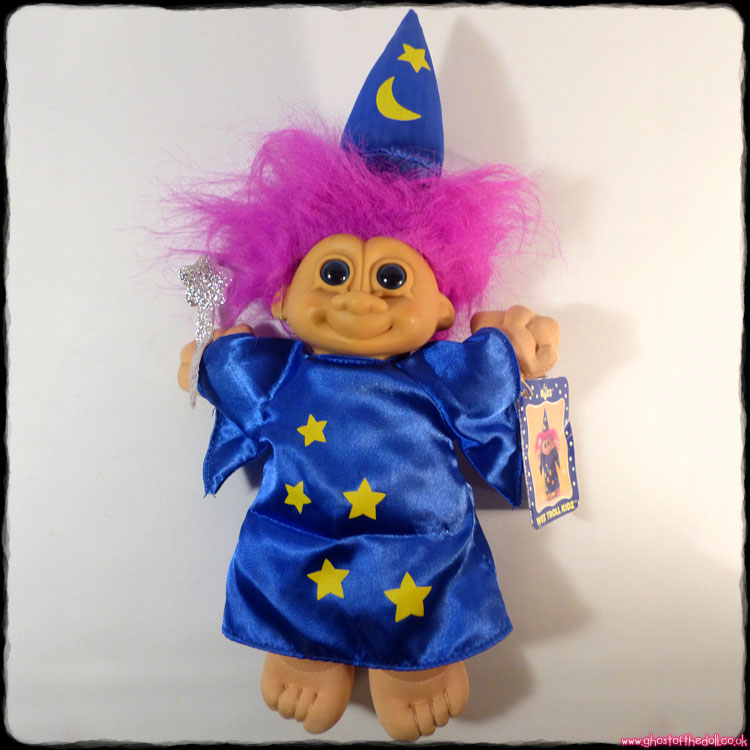 Trolls: Wee Troll Kidz ~ Wizard with Wand, Hat, Tag (Russ 1994)