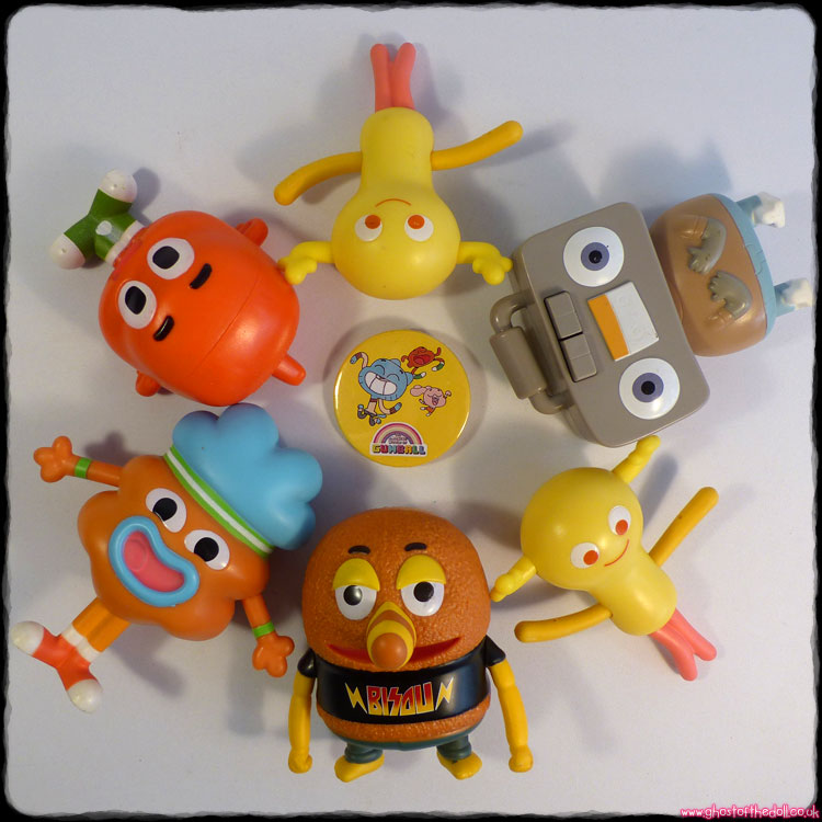 Amazing World of Gumball: 6 Figures + FREE BADGE! (McDonald's 2018)