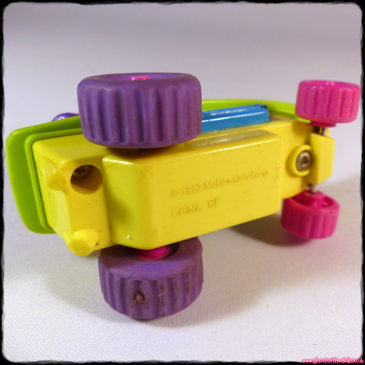 MCDONALDS Friction Toys ~ Birdie Scooter Grimace Skateboard (1992) - Click Image to Close