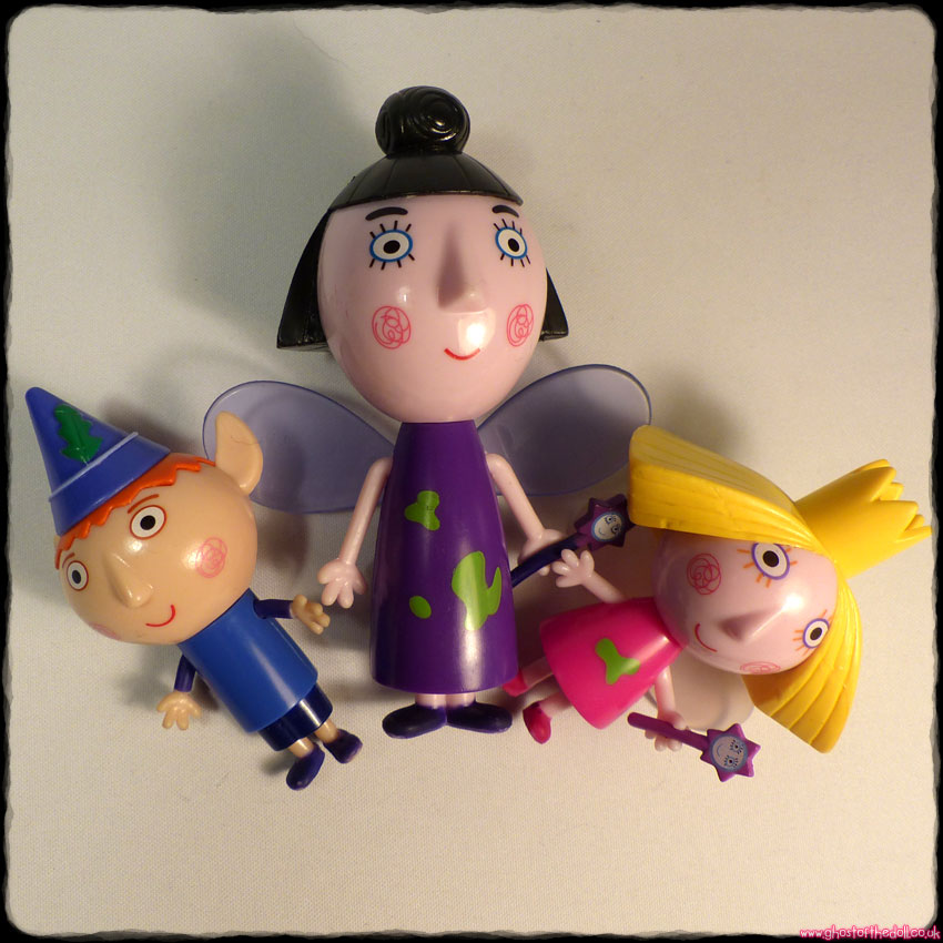 BEN & HOLLY'S LITTLE KINGDOM ~ 3 Figures: Ben, Holly, Nanny Plum (2008)