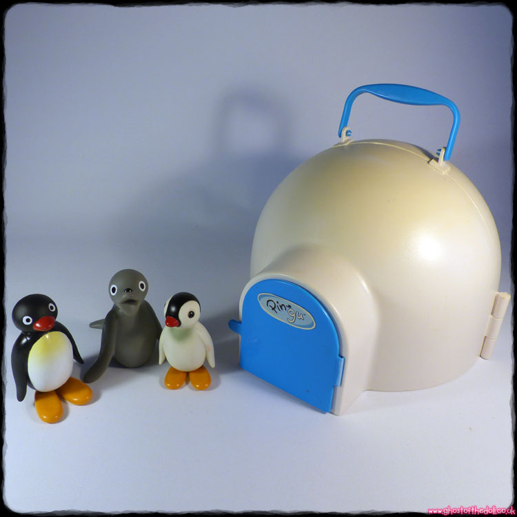 Pingu - Igloo Playset + 3 Figures (Golden Bear 2006) RARE!