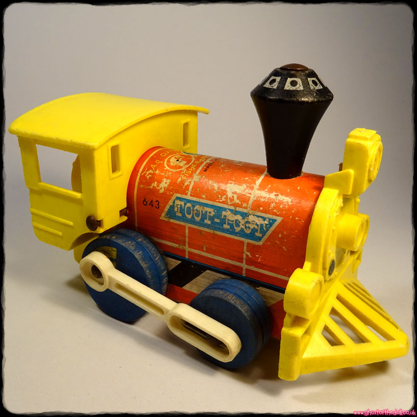 TOOT TOOT: Vintage Wooden Toy Train Engine ~ Blue Wheels (Fisher Price 1964)
