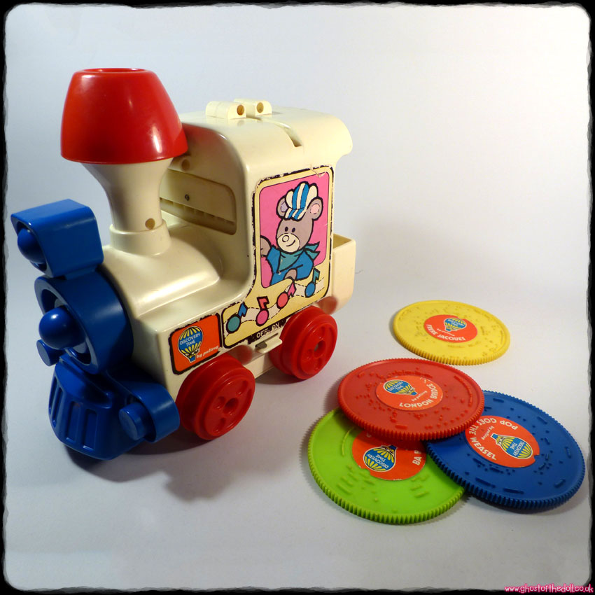 MELODY TRAIN Discovery Time ~ Musical Engine + 4 Records (1975 Palitoy)