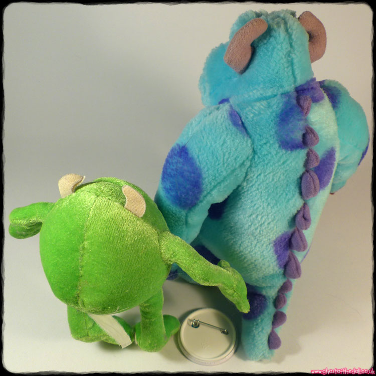 Monsters Inc: Sully & Mike Plush + FREE BADGE! Disneyland Paris (Disney/Pixar) - Click Image to Close