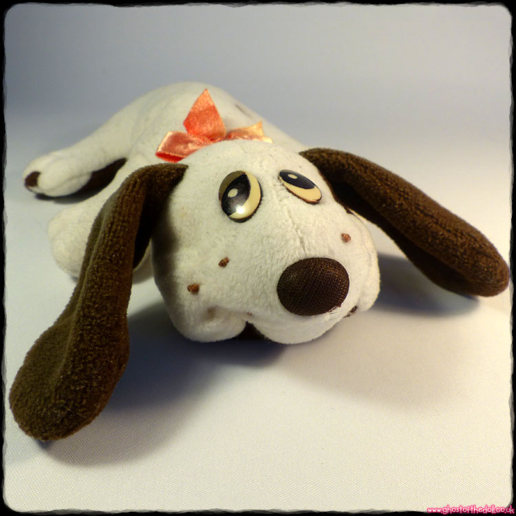 "Pound Puppies ""Newborn"" White & Brown Plush Puppy (Hornby 1984)"